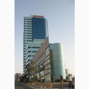 באזור יגאל אלון משרדים להשכרה